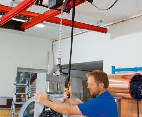 Maximum lifting height with a DC-Com chain hoist