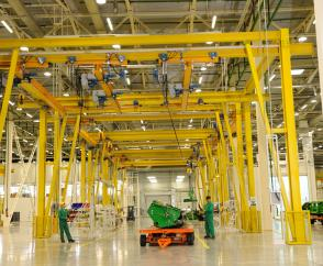 EPDE suspension cranes and 1-tonne DR rope hoists
